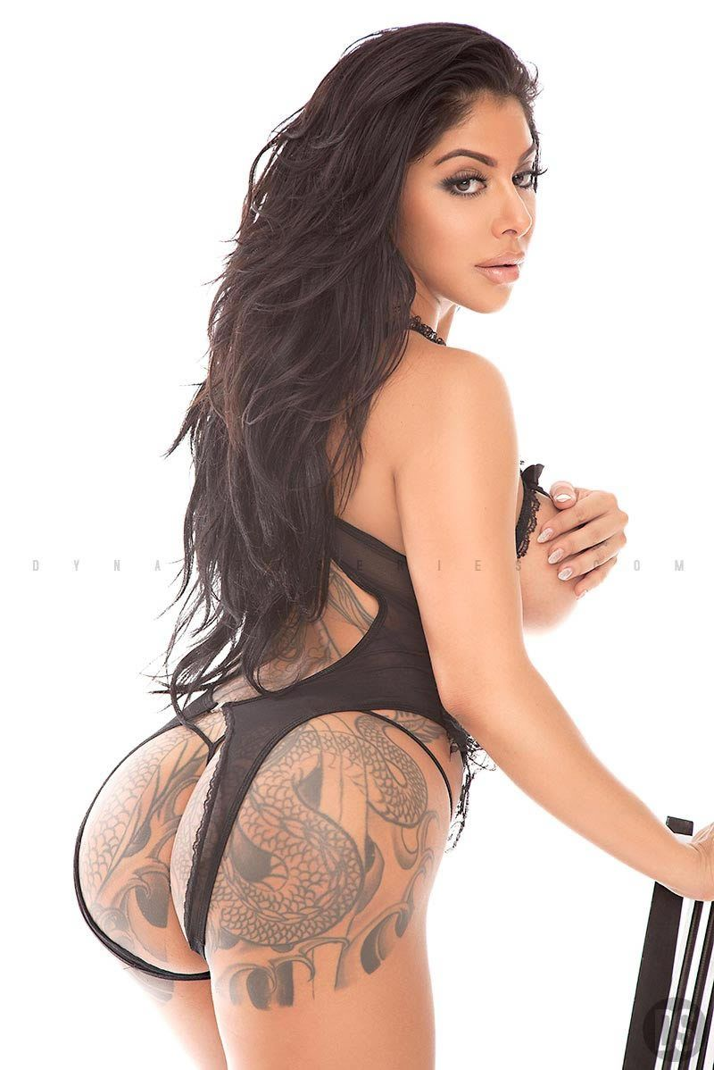 Tattoo websites for girls - She S A Hugh Web Sensation And Published Model Thats Graced The Pages Of Blackmen Magazine And Several Others Plus Numerous Websites