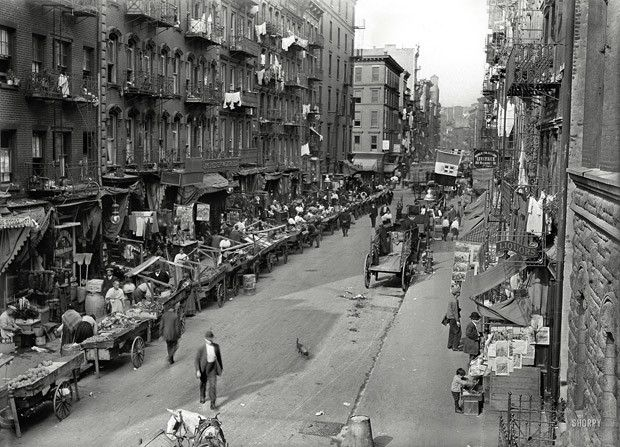 50 Stunning Vintage Photographs Of New York City Little Italy Nyc Nyc History Mulberry Street