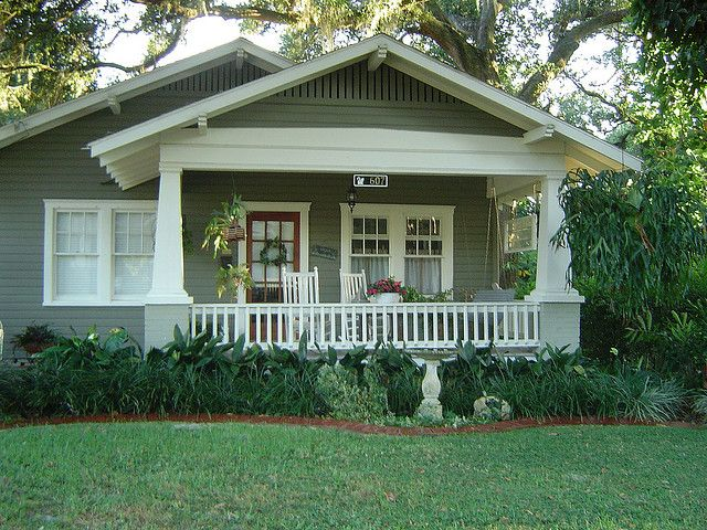 I have a craftsman porch on a victorian hom exteriors for Bungalow porch columns