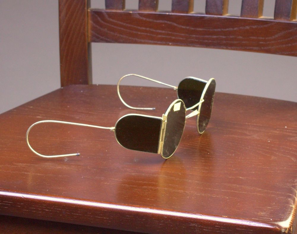 women's safety glasses with side shields