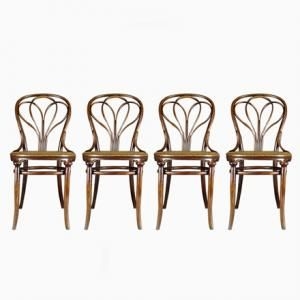 25 Chairs By Michael Thonet For Gebrüder Thonet, 1890 1919 Manufactured In   Austria $6,269.00 Per Set.  These Chairs Designed By Thonet Have A Vintage,  ...