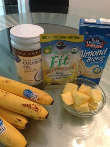 raw fit tropical smoothie 1 cup vanilla almond milk 1 organic banana 5 6 chunks of pineapple 1 scoop of one packet of garden of life raw fit 1 tsp - Garden Of Life Raw Fit