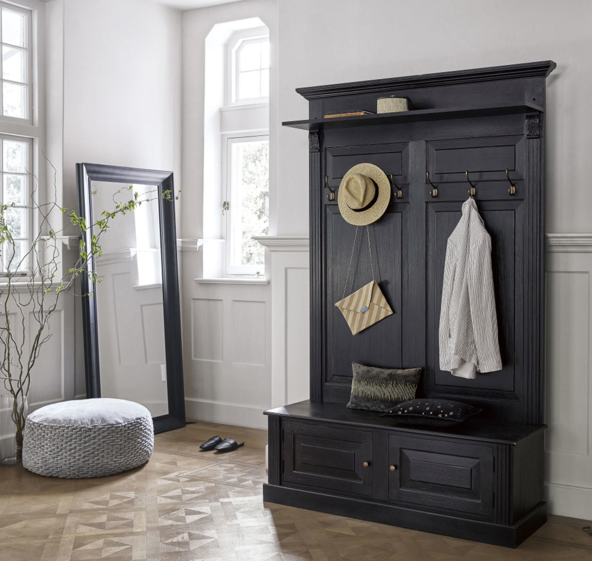 Black 2 Door Hallway Unit Cambronne Maisons Du Monde Meuble Entree Meuble Couloir Meuble