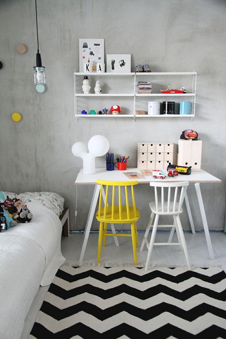 graphic kids room