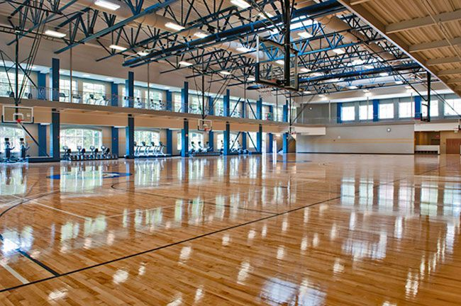20 Most Impressive College Gyms And Student Rec Centers Indoor Basketball Court Basketball Court Indoor Basketball