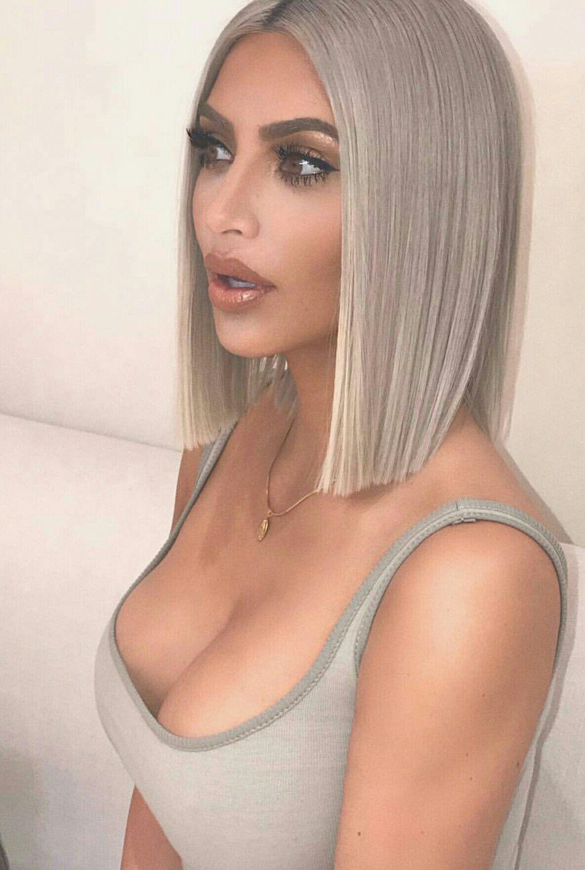 Straight Sleek Hair Thin Hair Haircuts Hair Styles Kim Kardashian Haircut