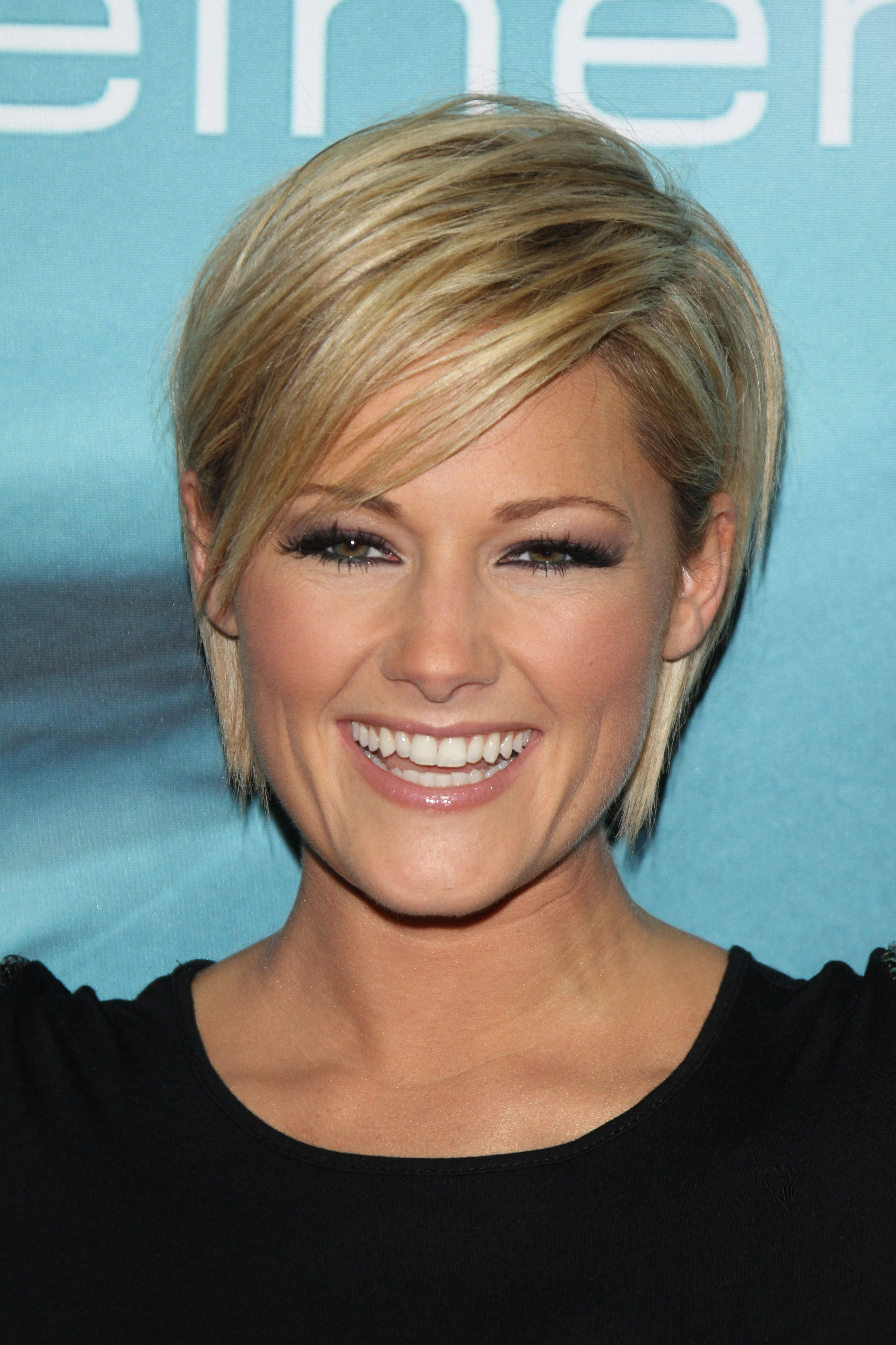Helene Fischer Love Her Haircut Hair Styles Short Hair Styles Easy Long Hair Styles