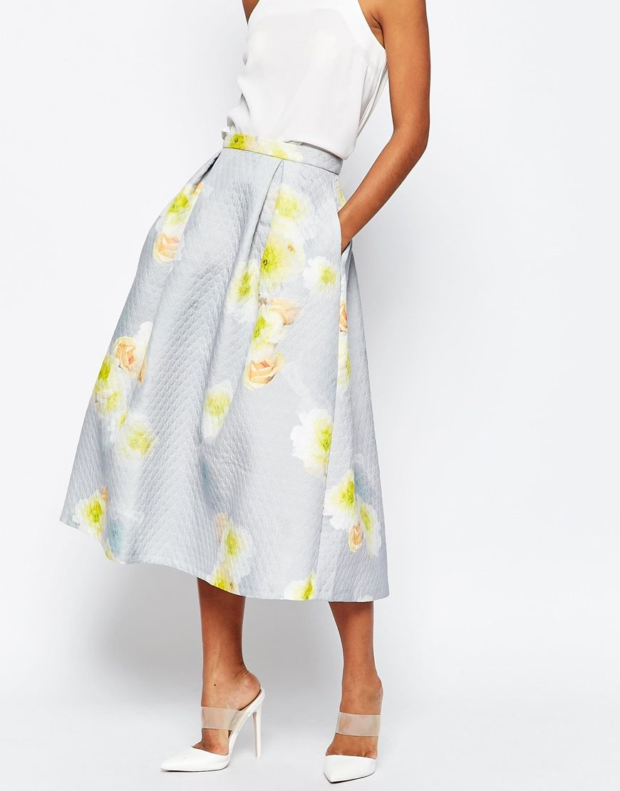 The Pieces You Need For Spring Fashion Vibes
