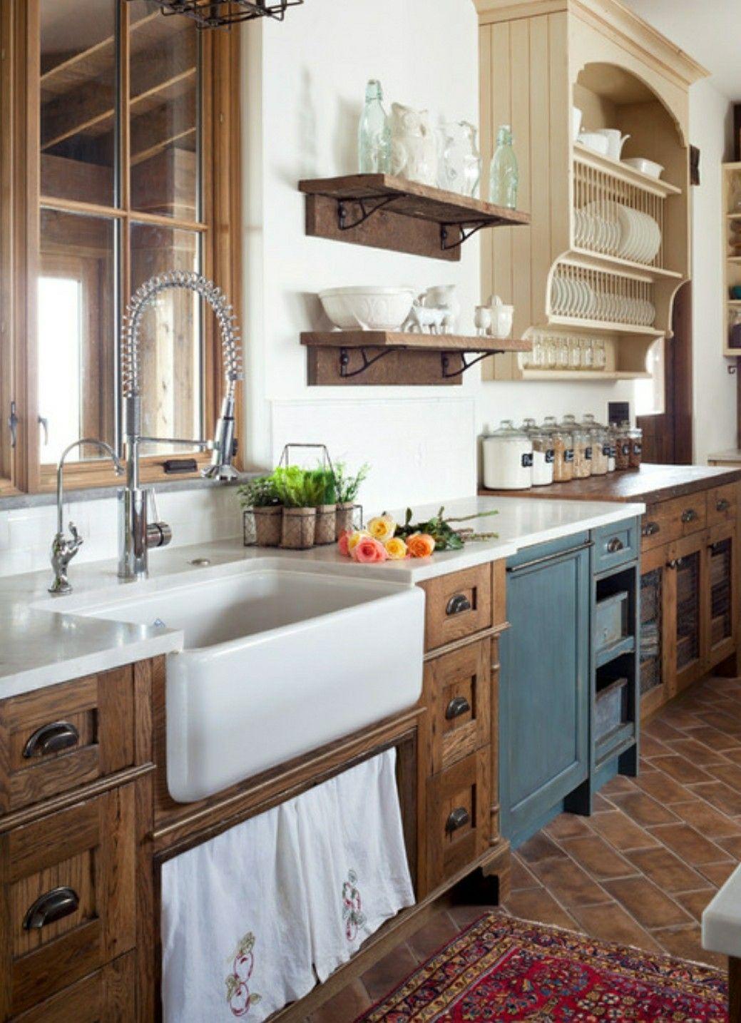 Farmhouse Kitchen Love The Cabinets Cuisines Rustiques