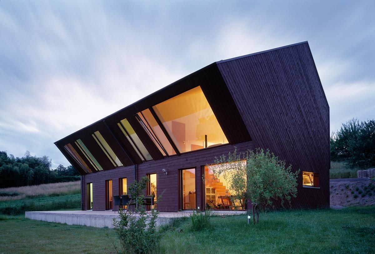 This 40degree Inclined House Was Entirely Prefabricated With The Wooden  Frame And Plain Wood Slabs Installed