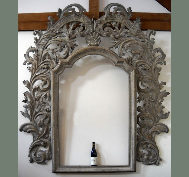Large baroque carved frame, Italy circa 1650, in natural fruitwood ...