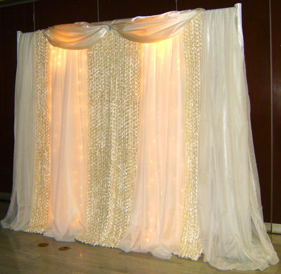Gold backdrop pageant design pinterest backdrops for Wedding backdrops