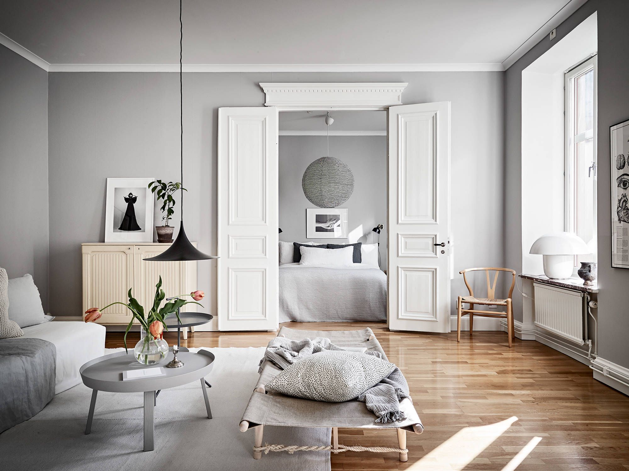 Light Flooded Home In Grey Coco Lapine Design Living Room Decor Gray Living Room Grey Light Grey Walls
