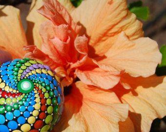 Esfera de mandala pintado mano mandala 14 / colorido por Mandalaole
