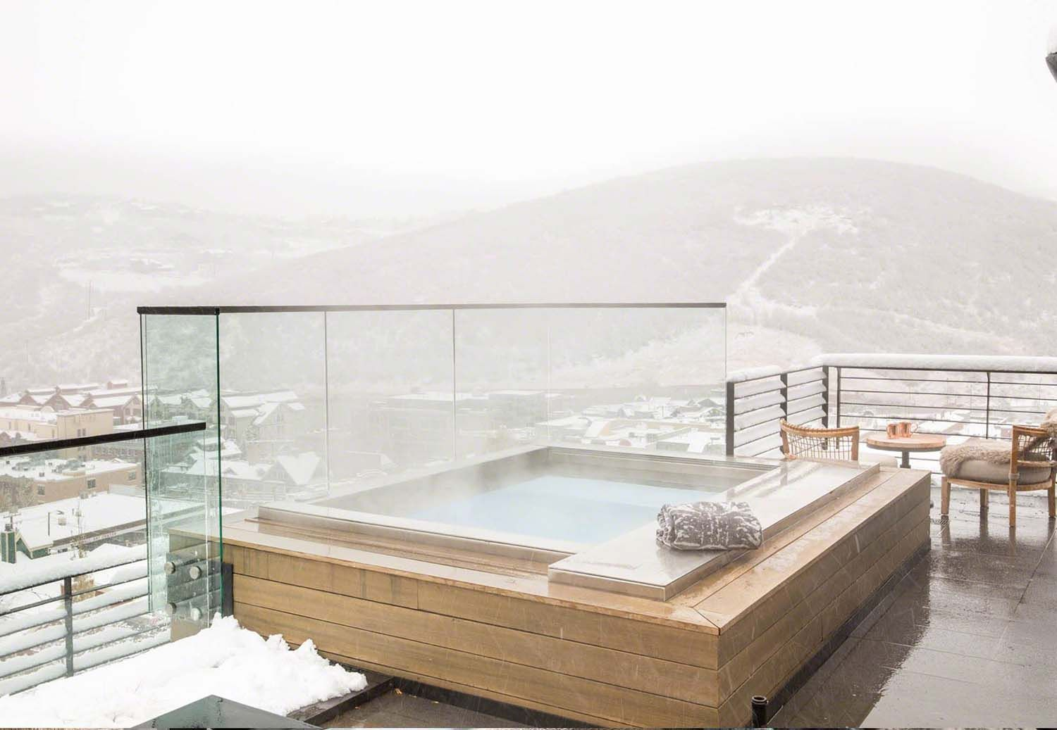 Exceptional design features form this contemporary ski house in Utah ...