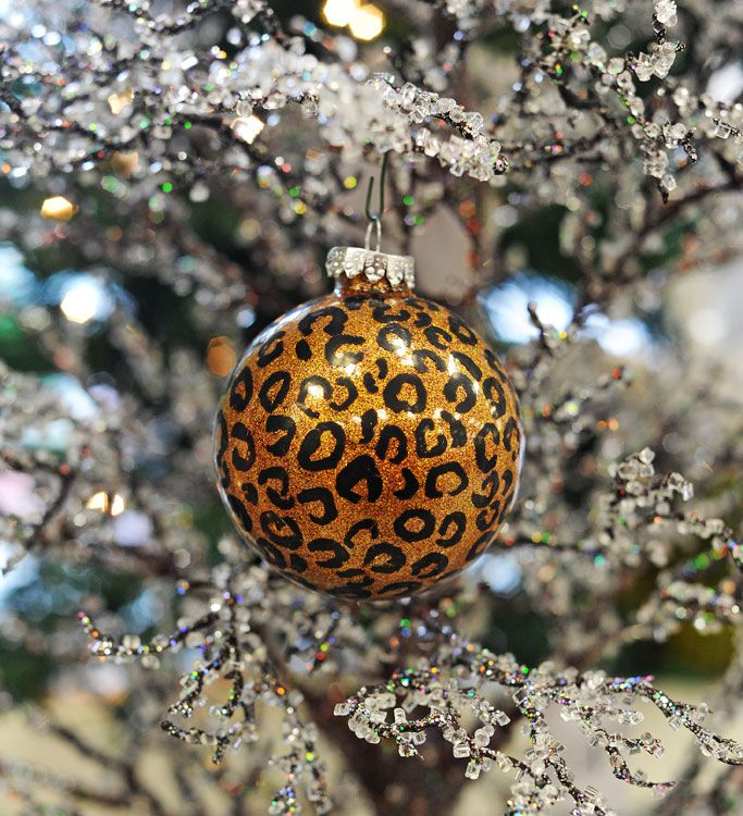 Ben Franklin Crafts and Frame Shop: Design Your Own Ornaments: pin fail! Initially appeared to work but the paint thins and becomes transparent. Decorated metallic copper painted glass ornaments w/black med point sharpie. Made 11/14/15