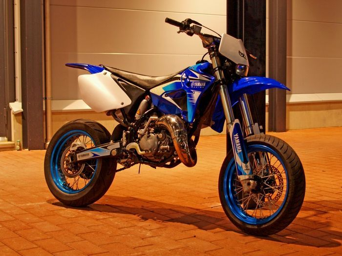 Lets see your favorite older body style Yamahas - Moto