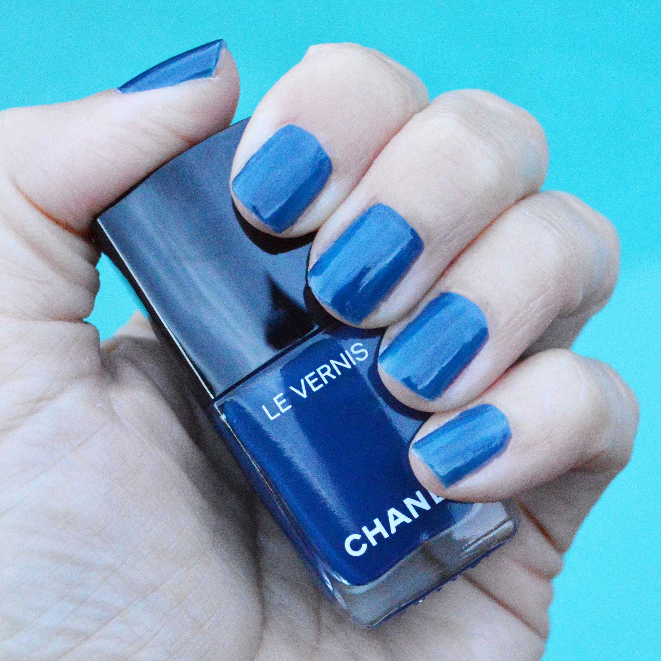 7feeff1dc44a Chanel Bleu Trompeur nail polish review