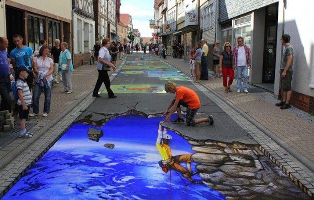 10 Fantastic 3D Street Art Photos