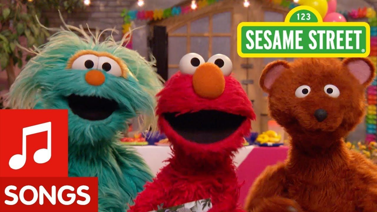 Sesame Street: Grandparents Song feat  Elmo, Rosita, and
