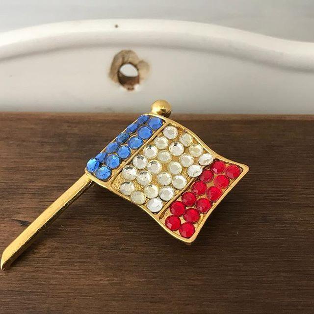 70s 70年代ファッション 70年代 ブローチ フランス国旗