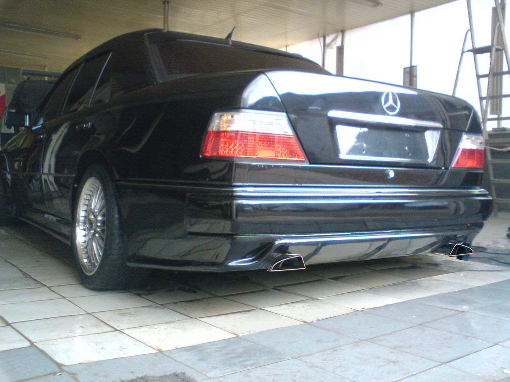 Mercedes w124 tuning google search cars motorcycles for Mercedes benz w124 tuning