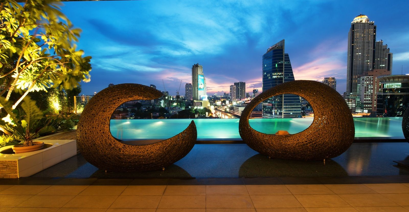 Eastin Grand Sathorn | 5 Star City Hotel Bangkok, Sathorn ...