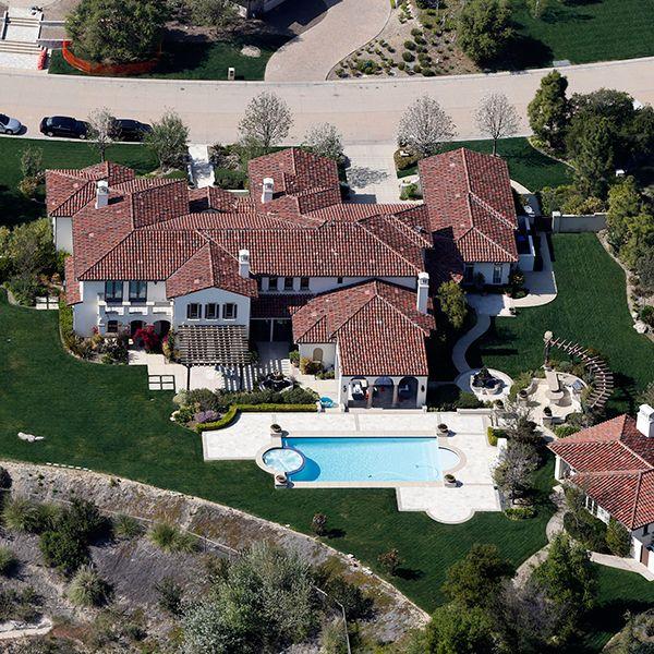 Report: Justin Bieber Sells Calabasas Home To Khloe