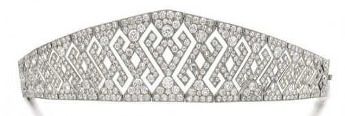 DIAMOND DIADEM, early 1900s. Openwork geometric design. Diadem can be detached from the frame and and worn as a bracelet (bracelet length 163mm).From the Collection of the Family of Baron Hottinger. Fitted case stamped A. Aucoc.