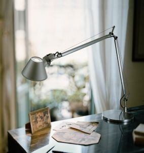 Artemide Tolomeo Led Table Lamp At Ferriousonline Co Uk Desk Lamp Metal Desk Lamps Classic Table Lamp