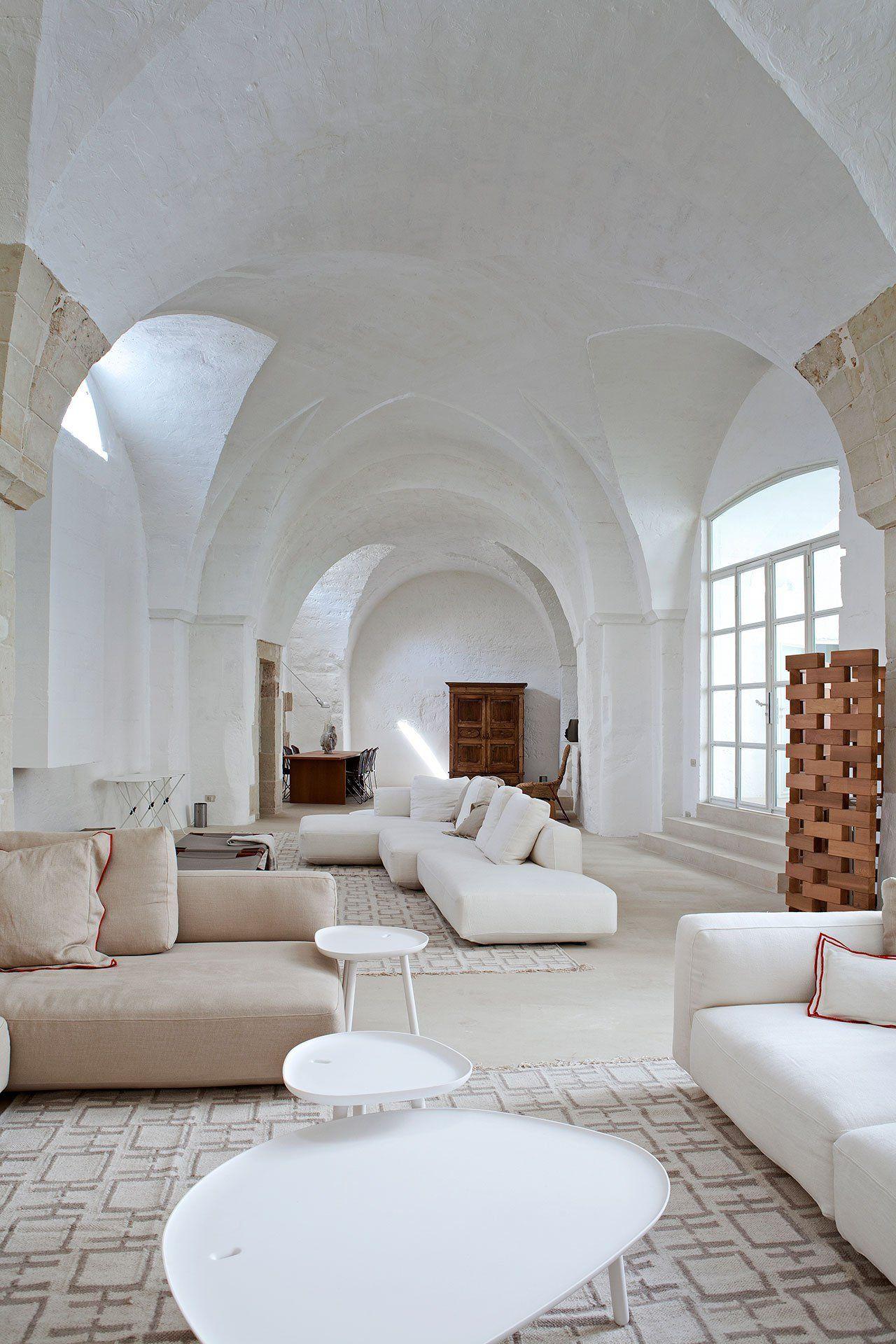 Soggiorno Idee Per Ristrutturare Casa Moderna.Trasformazine Di Un Antico Frantoio Del 1600 In Moderna Casa