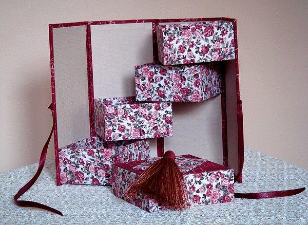 tuto gratuit boite chelle cartonnage boites cartes lampes pinterest cartonnage. Black Bedroom Furniture Sets. Home Design Ideas
