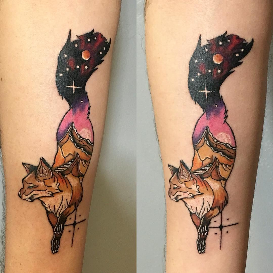 55 Majestic Fox Tattoo Designs – Pieces That Will Get You Noticed Check more at http://tattoo-journal.com/best-fox-tattoo/