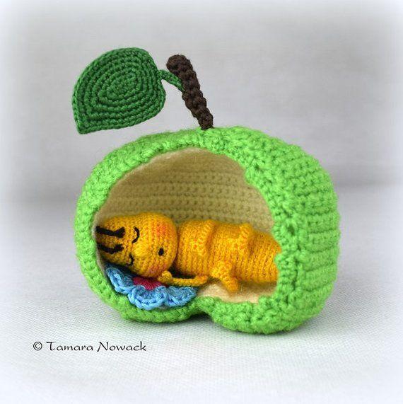 Sleeping apple worm – amigurumi PDF crochet pattern