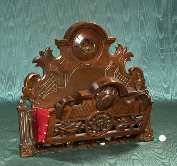 "1329: Victorian style carved walnut wall rack, 21"" wide : Lot 1329"