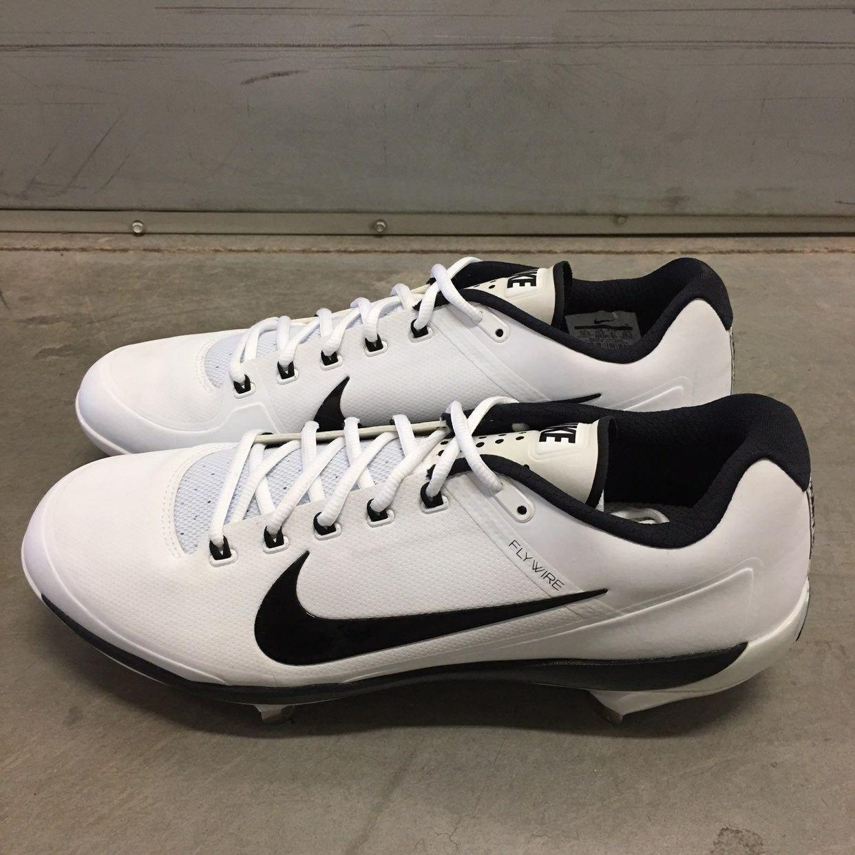 Nike cleats, Baseball cleats