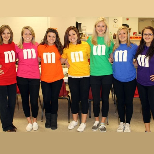 7 Last Minute Halloween Costumes You Can Make In A Hurry
