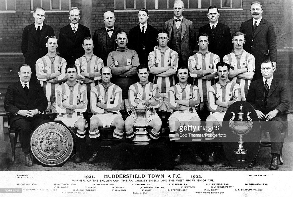 Sport, Football 1922, Huddersfield Town F C English Cup Winners Team Group, (back row l-r) D Parker; R Mitchell; W Dawson; J Barlow; A B Hirst; J H Raynor and N Robinson, (centre row l-r) ; J W Wood; C Slade; A Mutch; T Wilson (Captain); W Watson and S J Wadsworth, (front row l-r) Herbert Chapman (Manager); G E Richardson; F D Mann; E Islip; C Stephenson; W H Smith and J E Chaplin