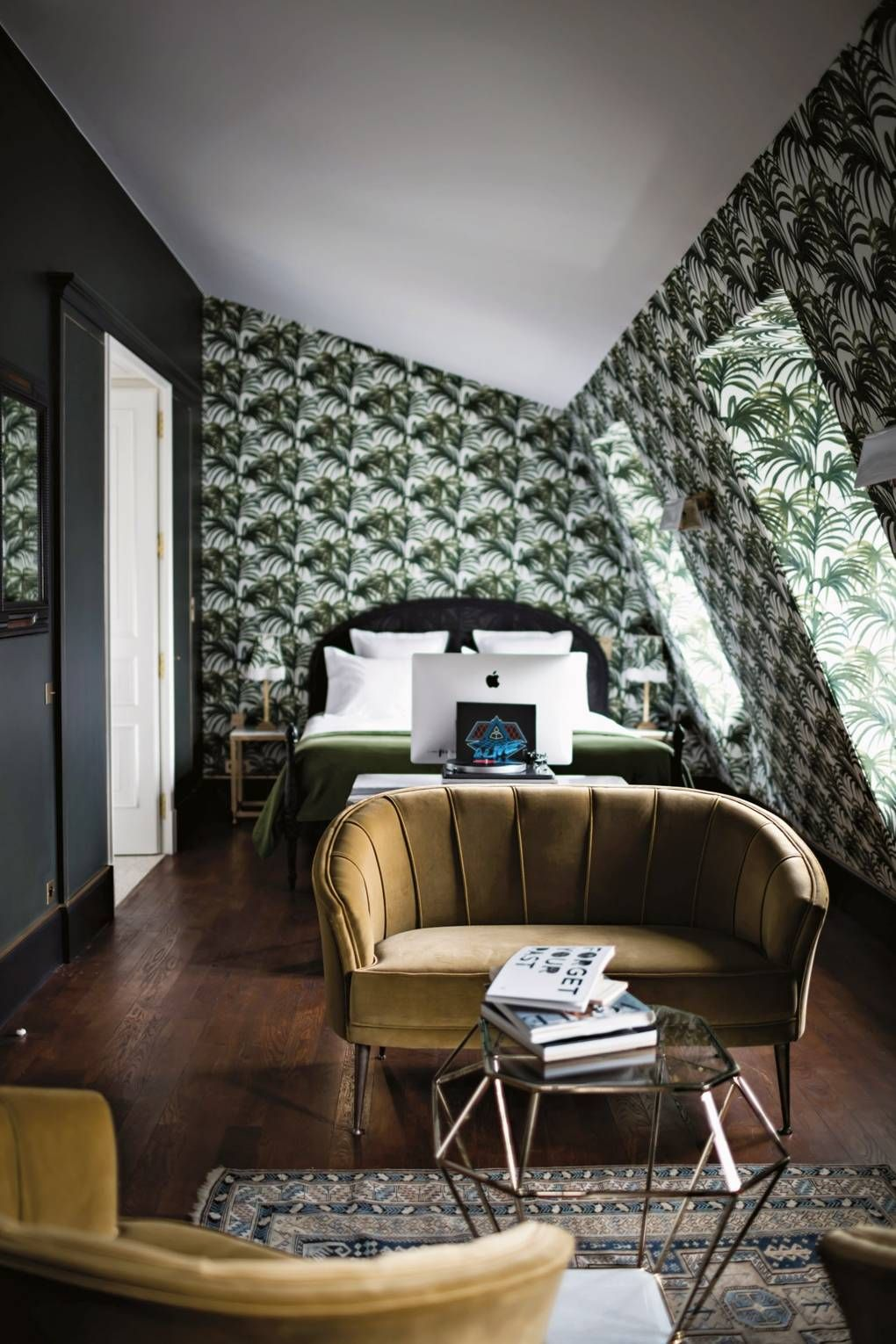 Romantic Hotel Room Ideas: 137 Astoundingly Beautiful And Romantic Hotel Rooms (With