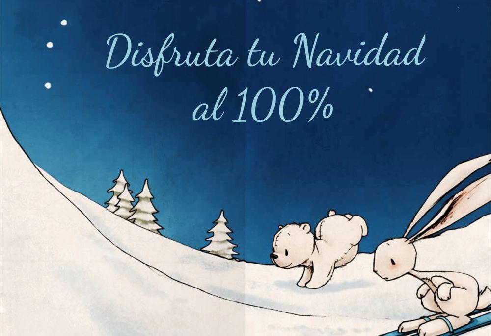 Disfruta tu Navidad al 100%,conejo y osito jugando en la nieve