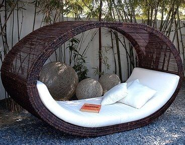 Looks Comfy Outdoor Sofa Bed Outdoor Daybed Garden Lounge Chairs
