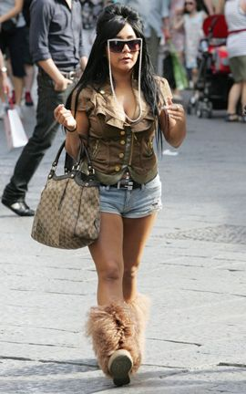 726d4c4277a Snooki With Gucci Sukey Tote Bag