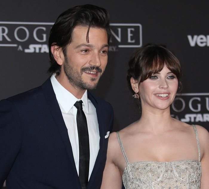 Felicity Jones, posing with her co-star Diego Luna, at the world premiere of 'Rogue One: A Star Wars Story' at the Pantages Theater in Hollywood on December 10, 2016
