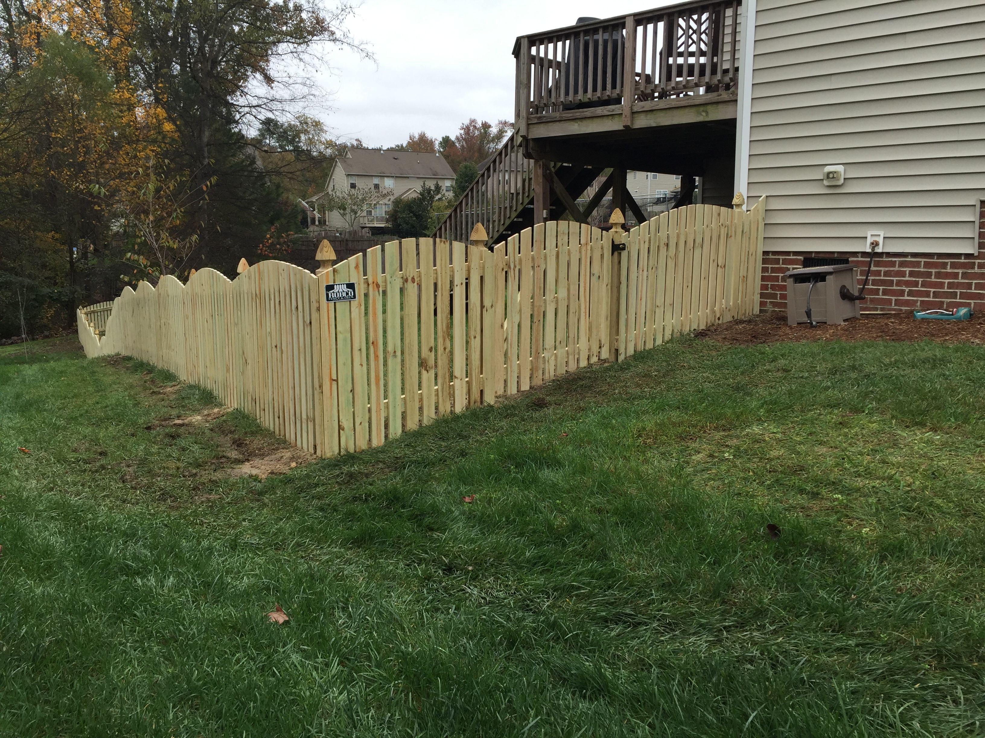 Arch Space Picket Fence With Decorative French Gothic Posts Outdoor Decor Wood Fence Outdoor