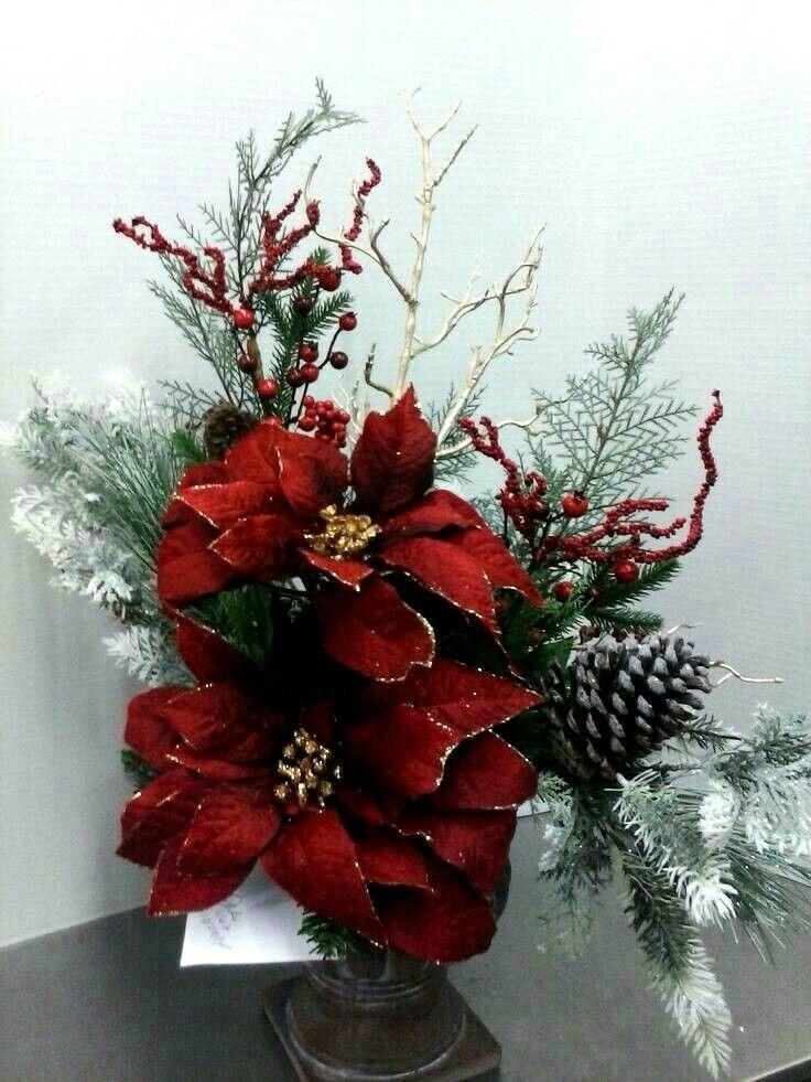 Pin de mis jardines en arreglos florales pinterest for Arreglos navidenos para mesa