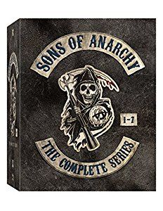 Amazon Com Sons Of Anarchy The Complete Series Blu Ray Kim Coates Ron Perlman Ryan Hurst Charlie Hunnam Katey Sagal Mag Sons Of Anarchy Anarchy Boxset