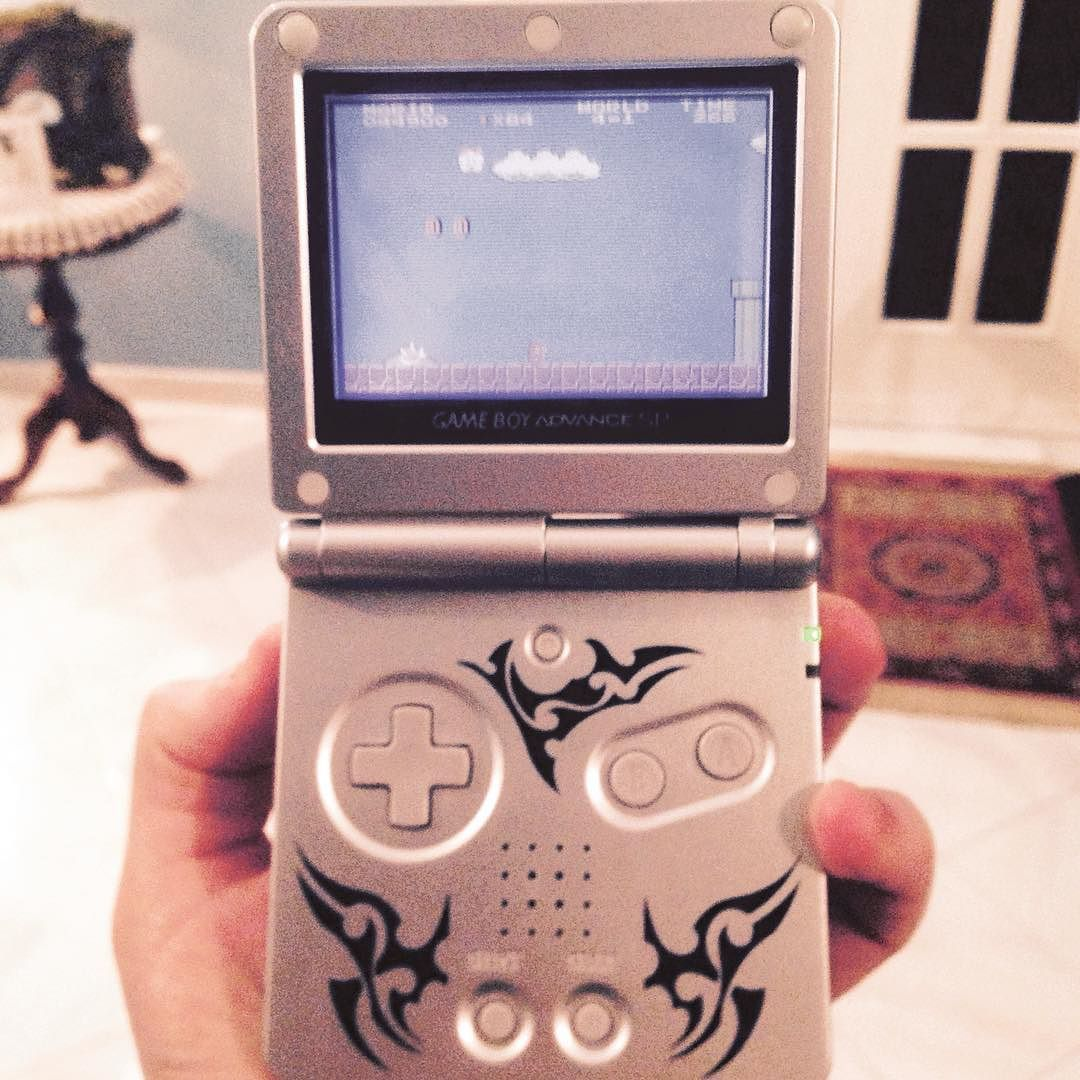 On instagram by toperc7  #gameboy #microhobbit (o)  http://ift.tt/1PBoAR0  Vecchi ritrovamenti.   advance #supermario #goodvibes #music #game #old #tribals #limitededition #vintage