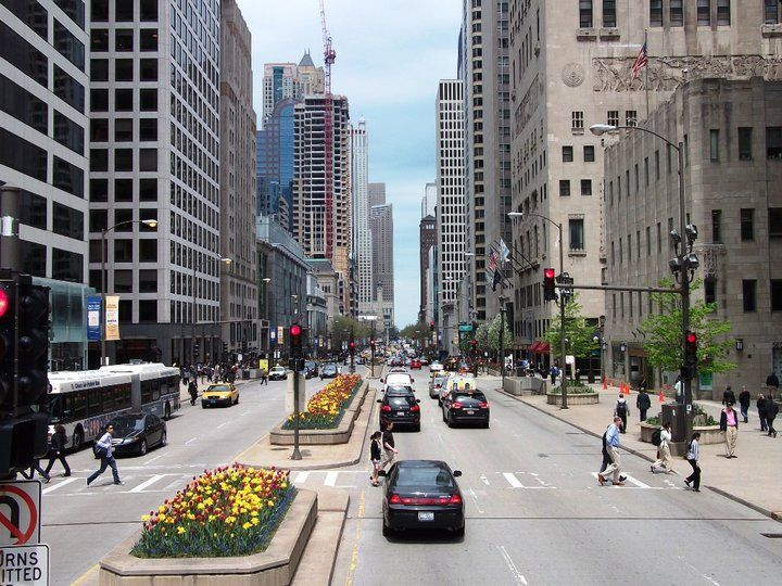 Michigan Ave Chicago Il Usa Famous In The World But Yours Fashion S Restaurants Barore Like 5th Av Ny