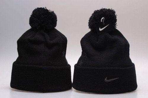 Nike Winter Outdoor Sports Warm Knit Beanie Hat Pom Pom  a37cbc7df764
