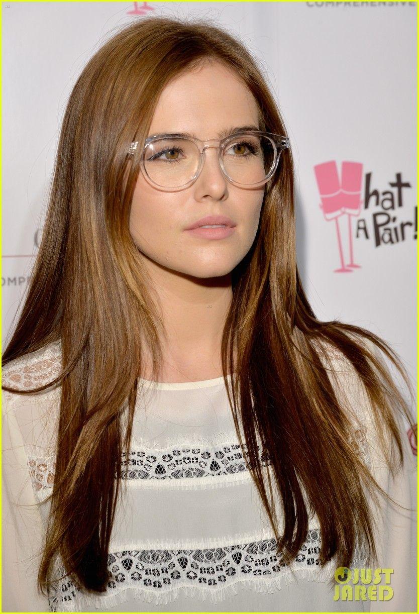 7178d8fb60a Glasses on Zoey Deutch